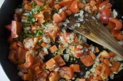 fry-red-pepper-onion-carrot-jalapeno-250
