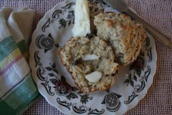 Quick Oat Bran Raisin Muffin Recipe