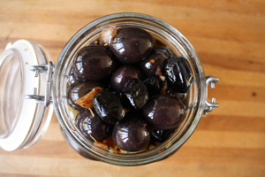 Marinated Olives with Crushed Red Pepper and Fennel Seeds Recipe