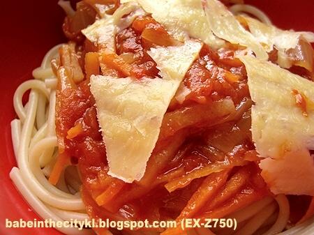 Marcella Hazan's Butter Tomato Sauce & Onion Jam Recipe