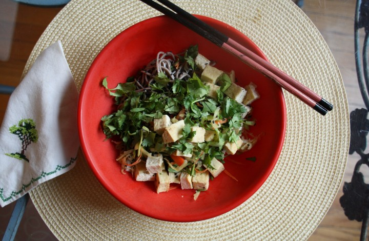 Mason Jar Meal: Veg Confetti Tofu Chop  Salad